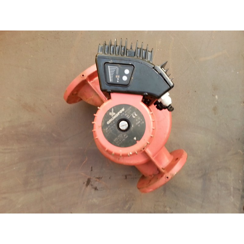 image: Pompa Grundfos UPE 100-60 F używana z gwarancją