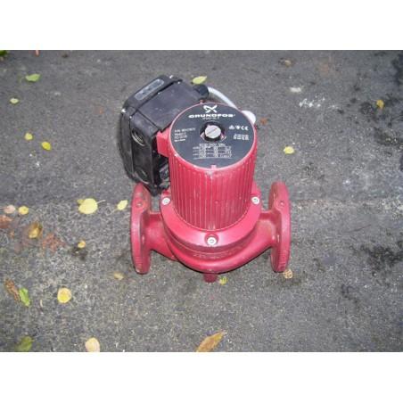 image: Pompa C.O. Grundfos UPS 40-30 używana z gwarancją
