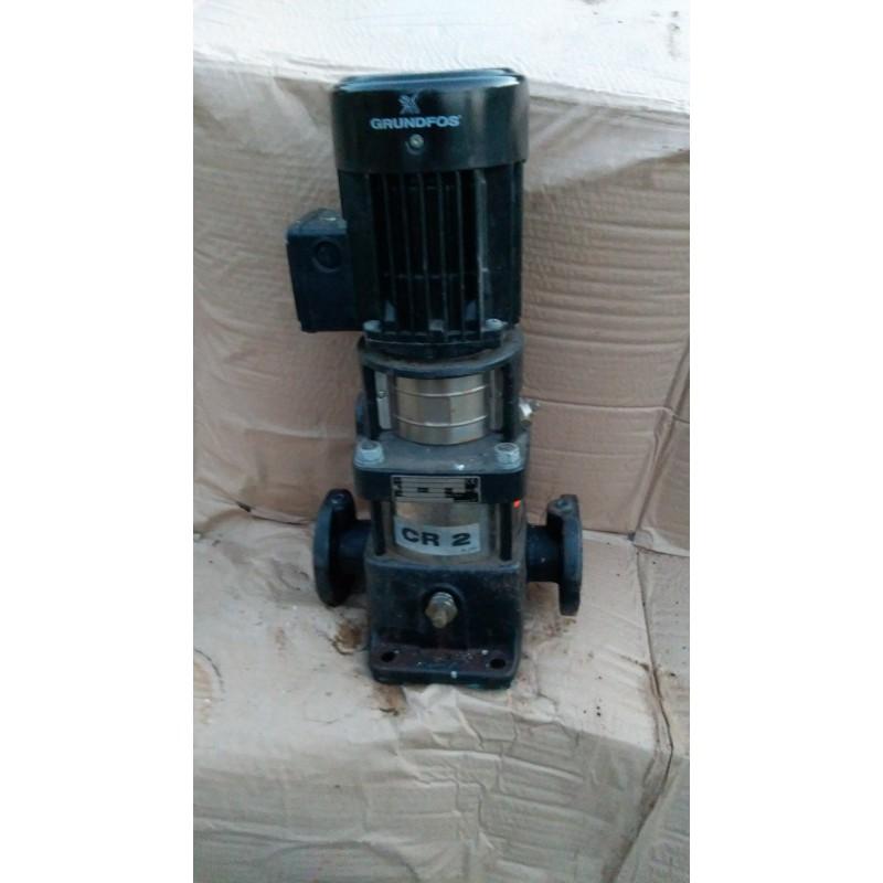 image: Pompa podnosząca ciśnienie Grundfos CR 2-50 A-F-A-BUBE